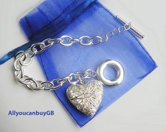 Sterling silver 925 oval link bracelet with heart. 925 bracelet T-bar. Women silver bracelet. Heart bracelet