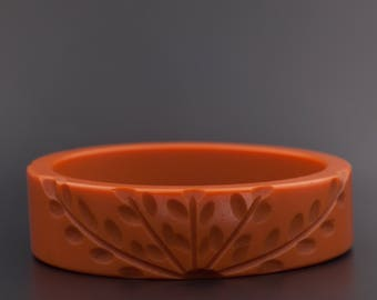 Vintage Bakelite Bangle, Orange Carved Bakelite, Carved Bakelite Bangle
