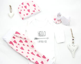 Baby shower gift organic,baby gift set with hat and pants,pink newborn set,baby shower,heart baby gift set,organic fabric,baby hello world