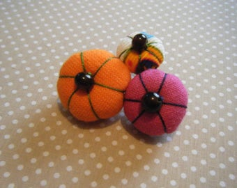 Pink, orange and multicolored Japanese flower brooch