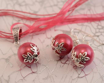 Necklace and earrings in fuchsia pink and silver ball