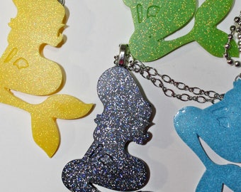 ' Mermaid ' resin necklace (4 different colors)