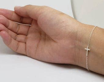 Tiny Cross Sterling Silver Bracelet, Dainty Bracelet, Delicate Bracelet, Sterling Silver Jewelry, Gift for Her