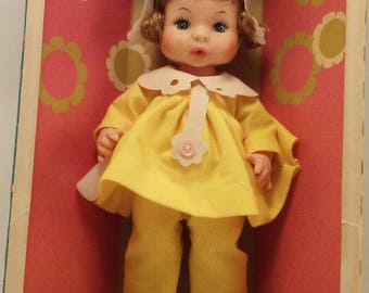 NIB 1980s Horsman Tynie Baby Doll that drinks and wets. Style #SPR3