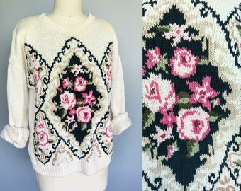legging lover / cream pullover 80s sweater with victorian rose motif / up to xl