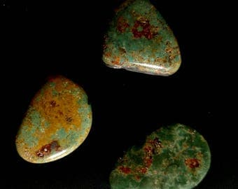 Green Turquoise Cabochons 58 ct.