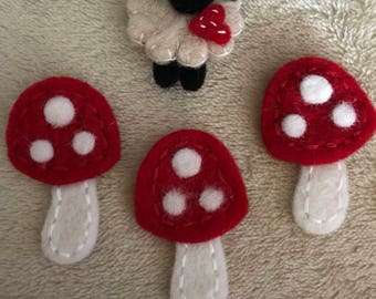 100% Nepal Wool Felted Brooches