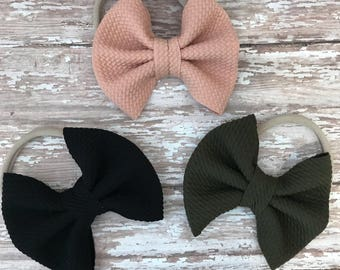 Olive Basic bow set on nylon