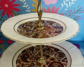 Cake dessert tray. Display stand. Paisley design. Seventies.