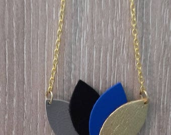 """""""Waterlily"""" Silver ombre leather NECKLACE / gold / Royal Blue"""