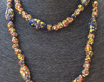 """Vintage """"End of Day"""" Glass Bead Necklace."""