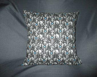 "Clearance Dr. (Doctor) Who Cyberman - 16"" x 16"" Decorative Throw Pillow (with Insert)"