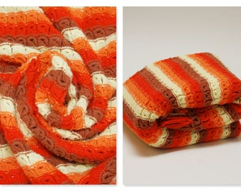 Vintage Broomstick Stitch Afghan ⎮ 70s Crocheted Orange Yellow Afghan ⎮ Handmade Blanket Boho Decor