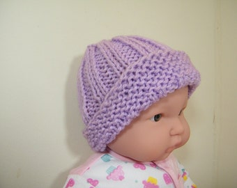 knit/crochet baby hat/lavender