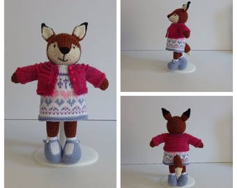 Knitted Girl Fox in Pink