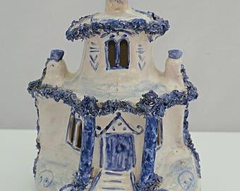 Extremely rare BRISTOL delftware C1760 Cottage pastille burner Tin Glazed Blue & White scratch marked