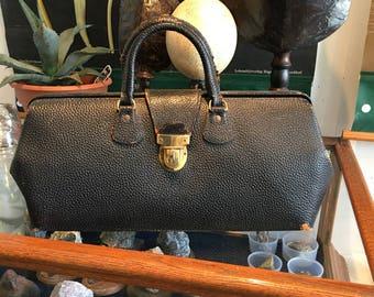 Doctor bag antique black leather with its original key