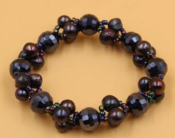Black pearl bracelet, Black Crystal bracelet, Brides bracelet, Pearl Wedding Jewelry, Handmade Bridal Accessories, Bridesmaid Bracelet