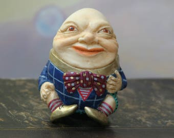 Figurine Humpty Dumpty/Alice's Adventures in Wonderland/Humpty and Alice/home decor/Through the Looking Glass / Carroll/art/alice/art doll