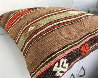 50x50 cm handwoven Turkish kilim cushion.