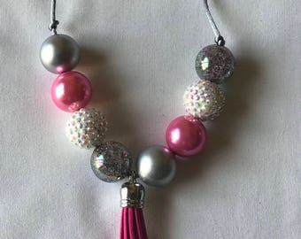 Hot pink and gray chunky bead adjustable necklace with tassel