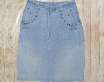 Size 6 vintage 80s knee length high waist pencil skirt studded blue denim (HS12)