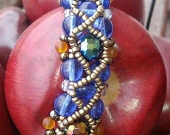 Woven bead bracelet, beaded bracelet, bead jewelry
