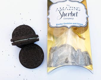 Cookies and cream flavoured sherbet with a cream flavoured lollipop