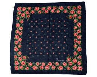 Vintage Vanessa women scarf 100% wool Made in Italy floral flowers