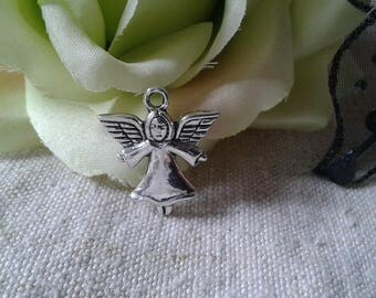 set of 5 silver metal Angel charms