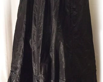 1890s Antique Victorian Long Black Skirt