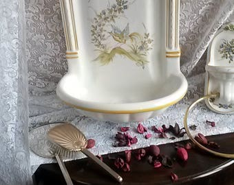 Porcelain fountain high back with accessories