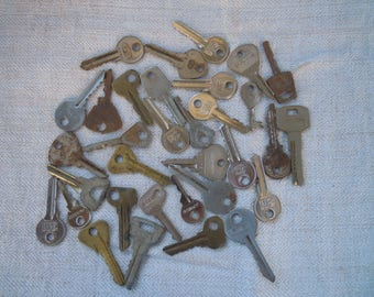 Metal keys. Steel & brass vintage keys. Set of 33 pieces.