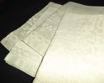 Set of 4 Soft Green Hemmed Damask Napkins, Estate Find