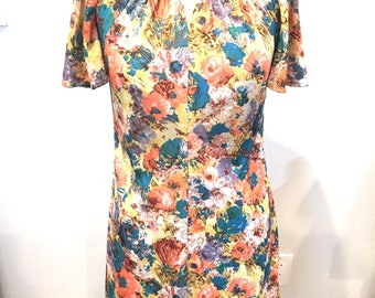 Vintage 1960s M/L Awesome Vintage Dress Print Nylon Blue Orange Yellow Knee Length