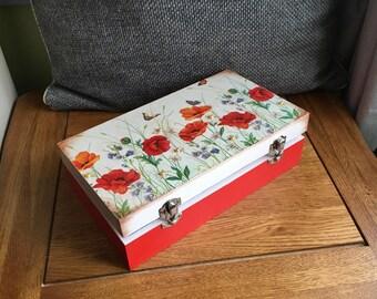 Jewellery /Keepsakes Box Poppy Meadow