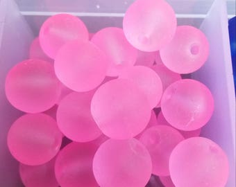 28 pearls round 8mm light pink frosted glass