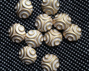 10 vintage italian white and gold buttons