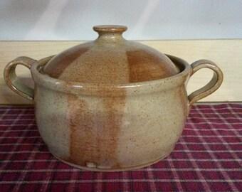 Light Rust pottery bean pot,  pottery casserole,  pottery bean pot,  ceramic bean pot, ceramic casserole,  pottery bakeware