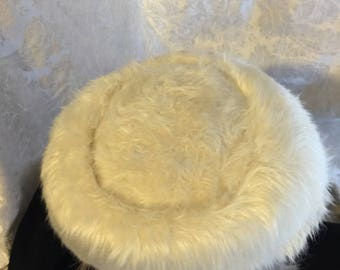 Vintage Women's Hat late 1940's ro early 1950's white furry