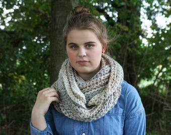 Chunky ribbed textured infinity scarf / ribbed cowl / chunky neck warmer / winter scarf / gift for her