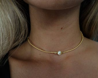 Beaded gold and pearl choker
