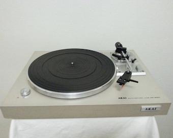 Vintage Akai AP-B20 Semi-Automatic Turntable/Good Working Condition