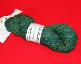 Seaweed Fronds 4 Ply sock yarn