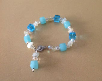 Blue and white stone bracelet