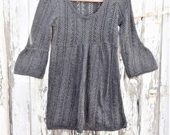 Vintage 60s 70s  Style Crochet knitted Mini Tunic Dress or Top with Bell sleeves    Grey  Size  S