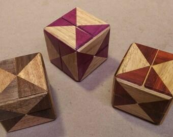 Diagonal Cube - Designed by Stewart Coffin - Diagonal Burr - Mechanical puzzle - Classic