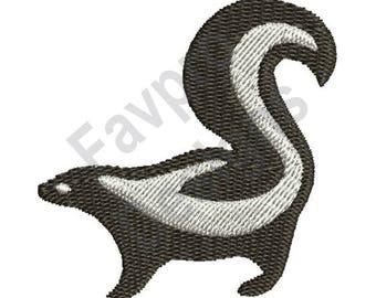 Cute Skunk - Machine Embroidery Design