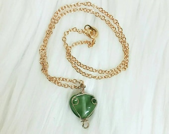 Green Stoned Wire-wrapped Heart Pendant Choker/Necklace - FREE SHIPPING DEAL