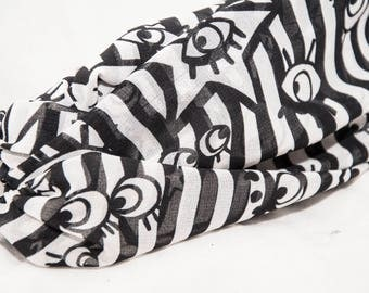 Hand-mouldable Strip/turban/headband/hairband with black and white stripes made of MaxMara fabric